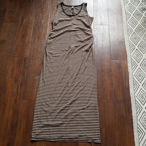 FINAL Old Navy striped maxi maternity dress, M